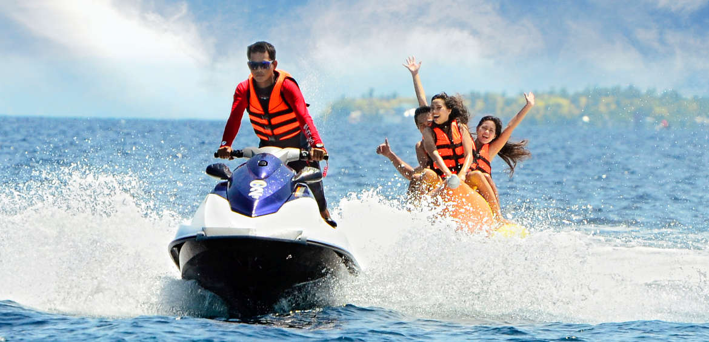 Family resorts Philippines Plantation Bay, Cebu jetskiing