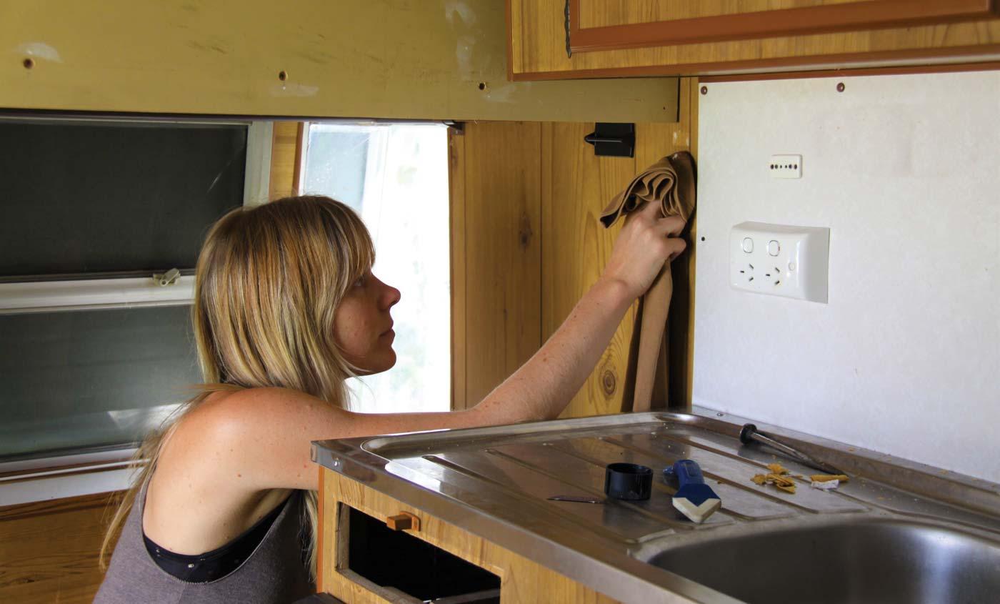 Vintage caravan restorations: paint