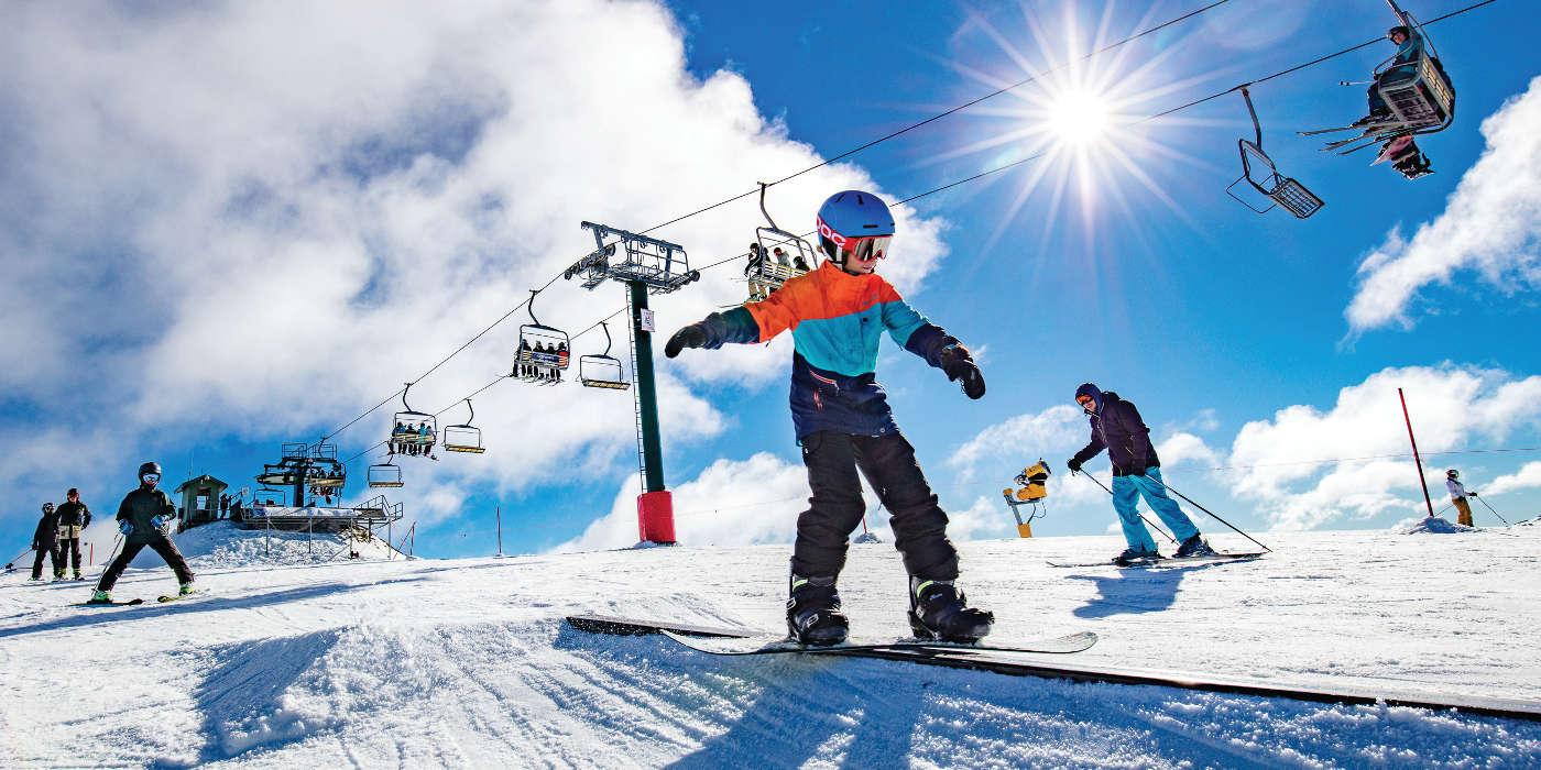 Mt Hotham: kid skiing