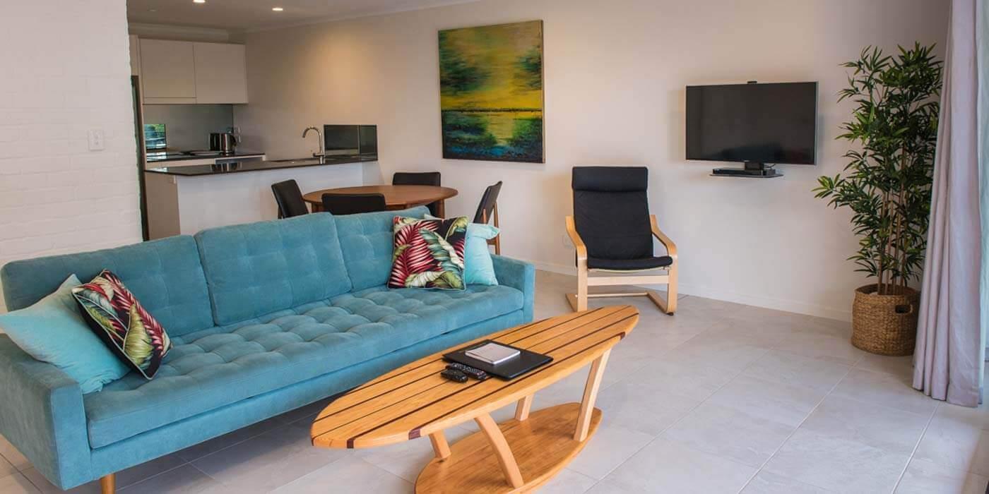 Oasis Resort lounge