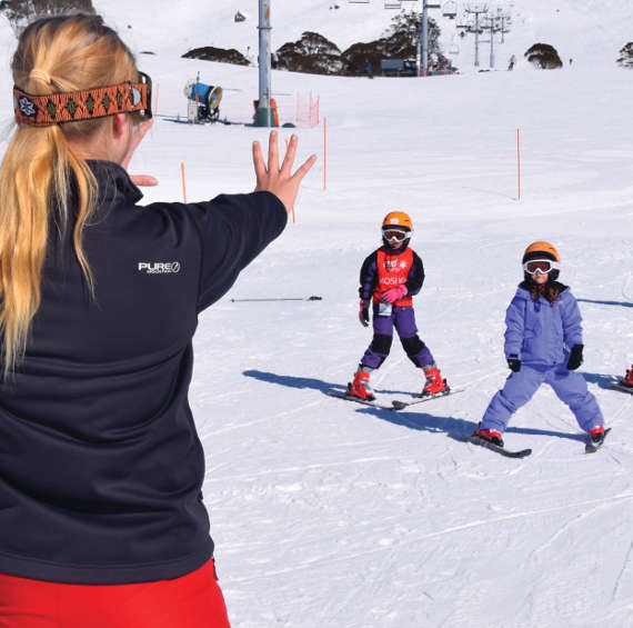 Charlotte pass kids ski school