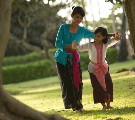 Dancing lessons at InterContinental Bali Resort