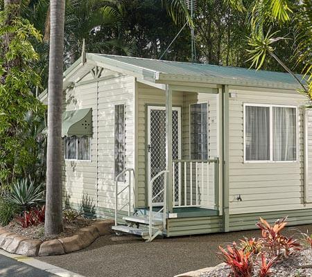 Palm Cottage at Ashmore Palms