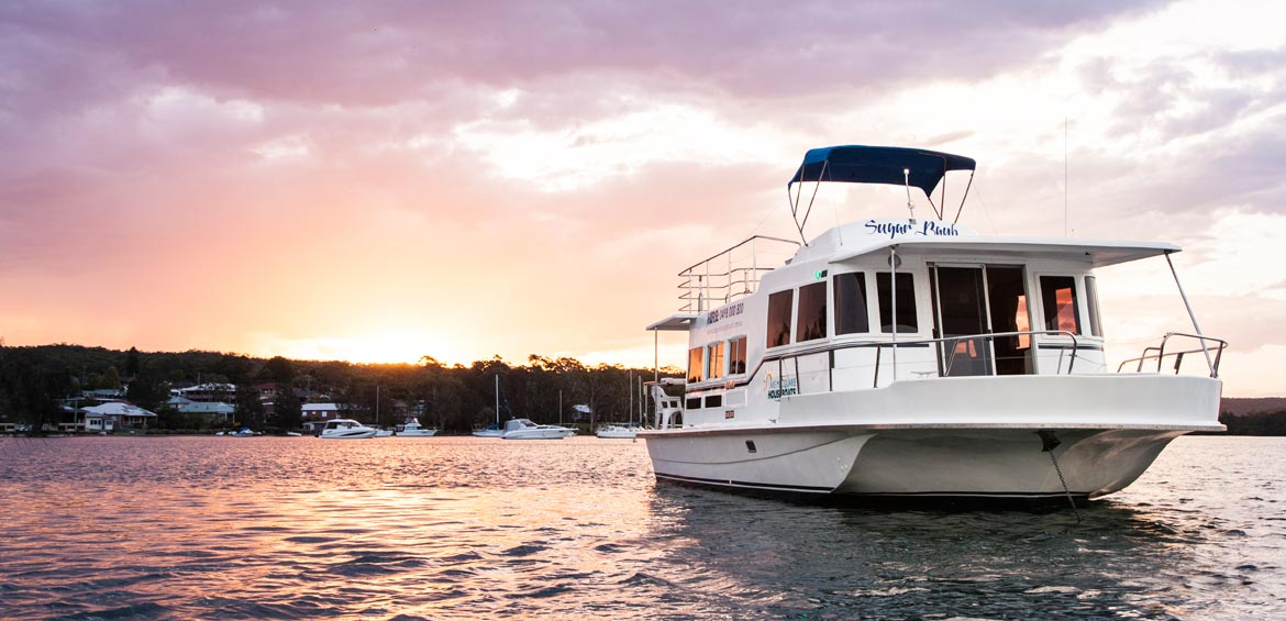 Lake Macquarie Houseboats