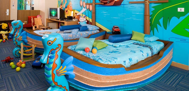 Themed family suites: Holiday Inn Phuket