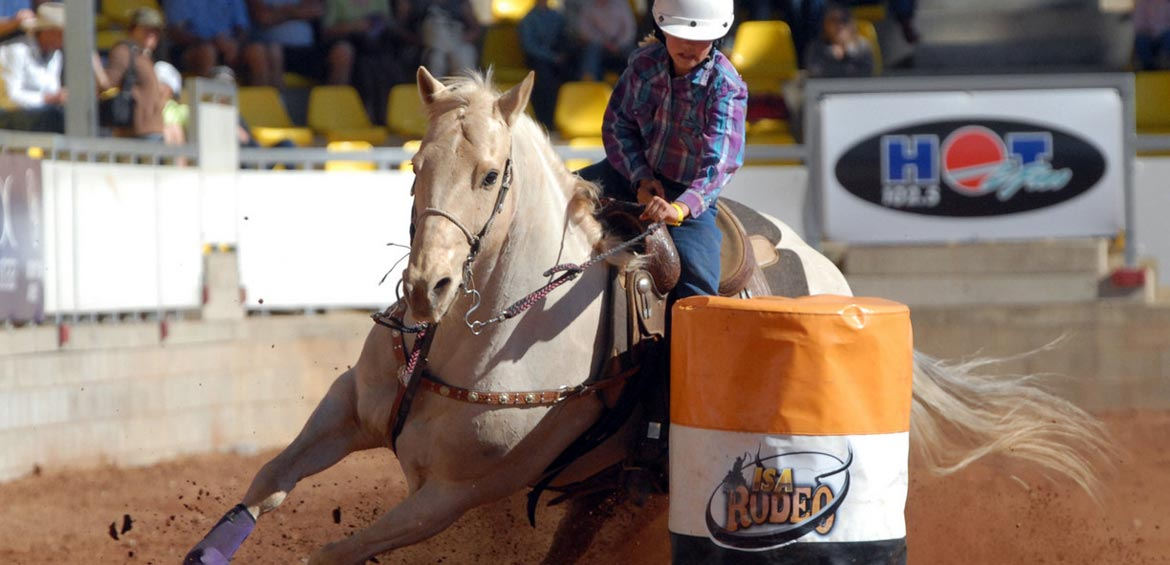 Outback Queensland for families: Rodeo
