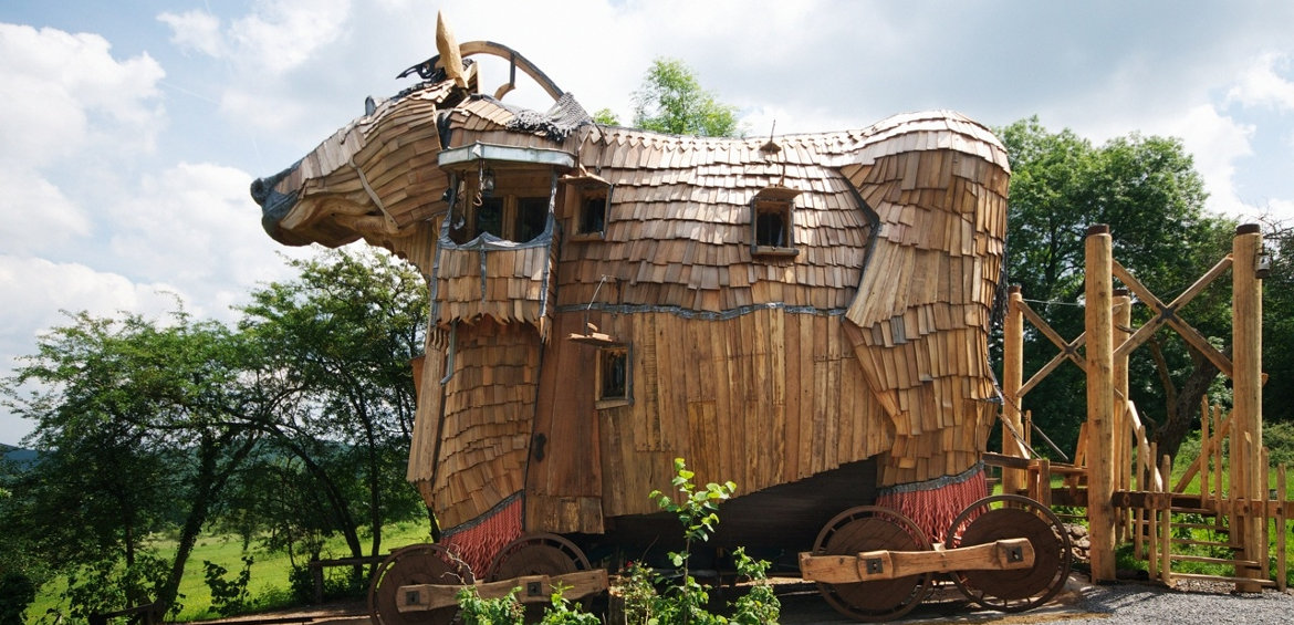 Themed family suites: Trojan Horse