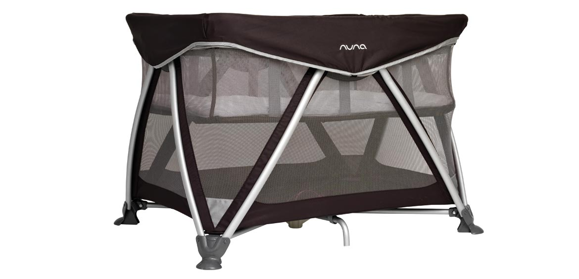 travel cot reviews sena hero shot