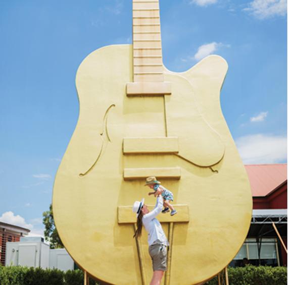 Tamworth giant guitar