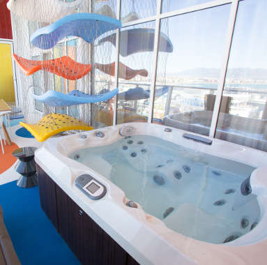 The Ultimate Family Suite Symphony of the Seas 2 (2) themed family suites