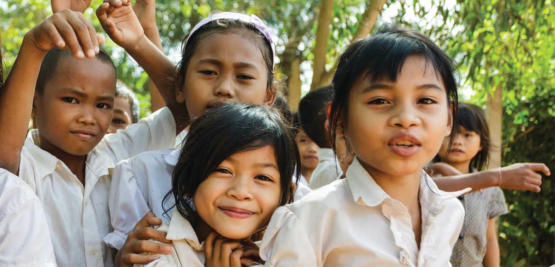 Philanthrotourism Cambodian students