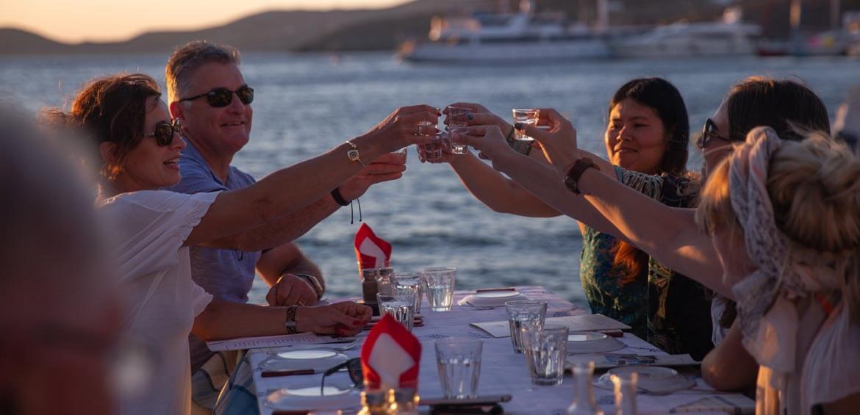 Crusing Greece, Peregrine Adventures