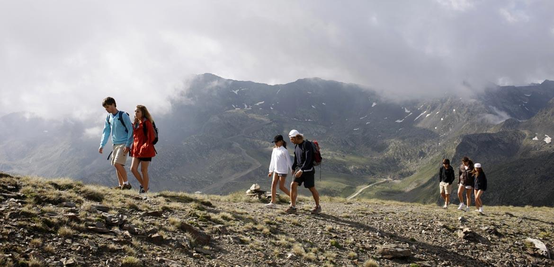 Trekking tours with Peregrine Adventures