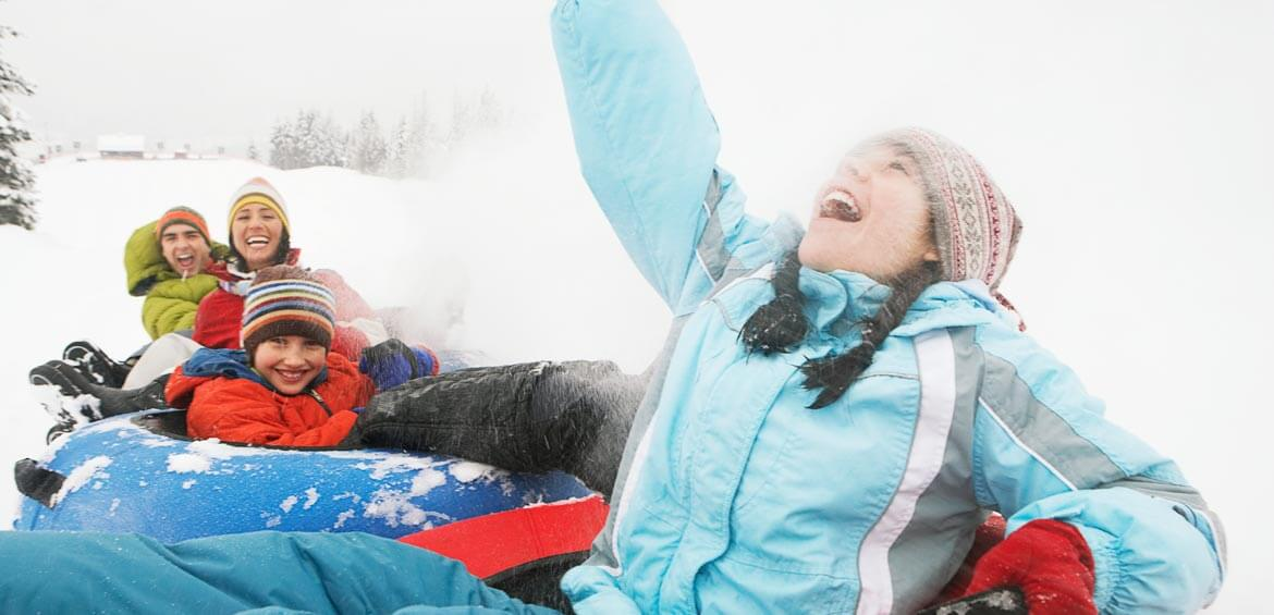 Family snow activities with travel&co.