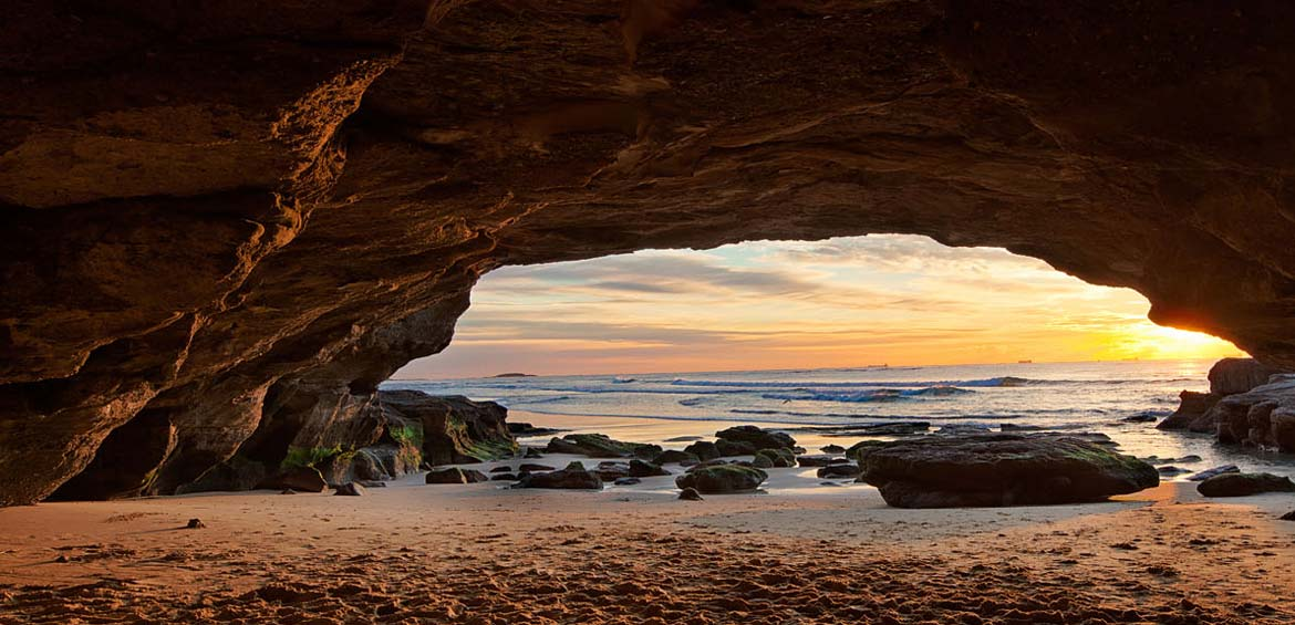Cave Beach © Paksty Visuals