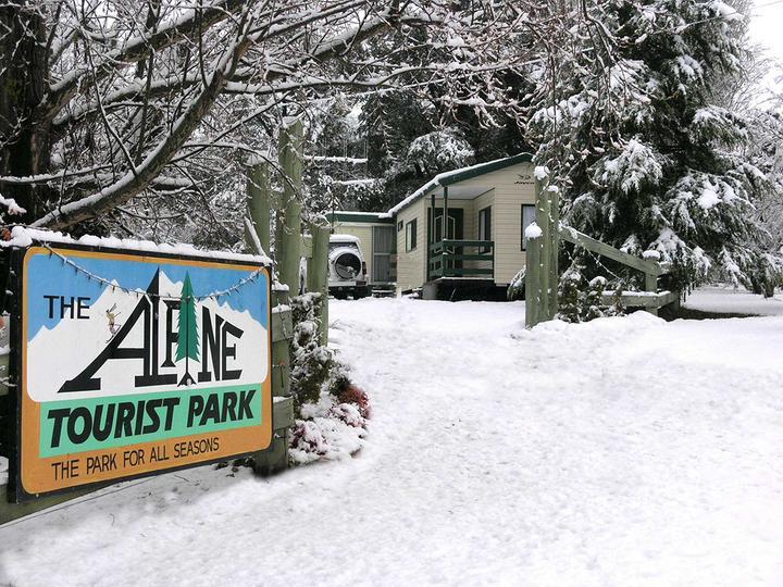 Alpine Tourist Park snowy camp ground