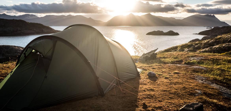 camping in Henningsvær, Norway