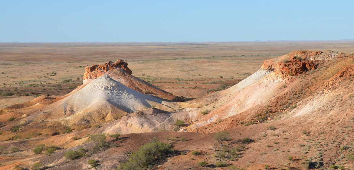 Breakaways Conservation Park, 33 km north of Coober Pedy.