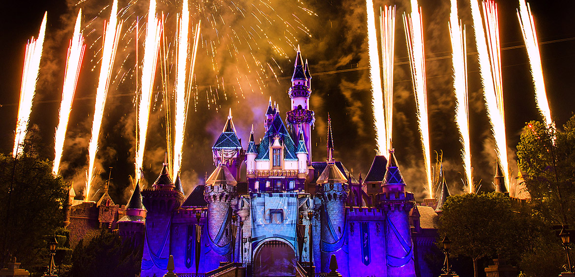 Disney Castles with Fireworks © Disney