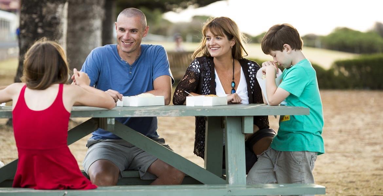 Family picnic on Kangaroo Island
