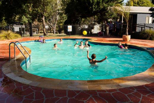 Rivergum Holiday Park, Holiday Retreats Australia