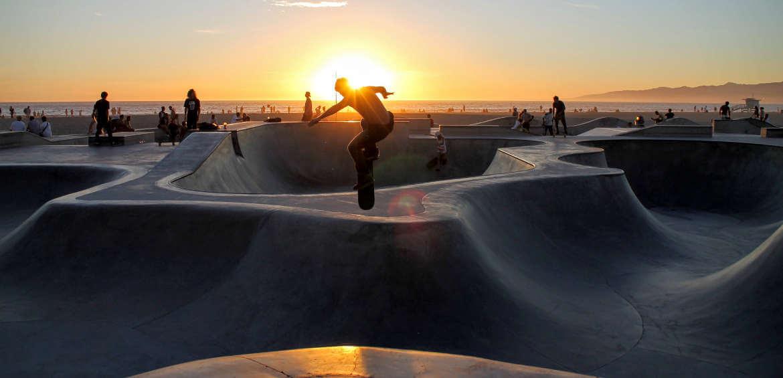 skate board venice beach