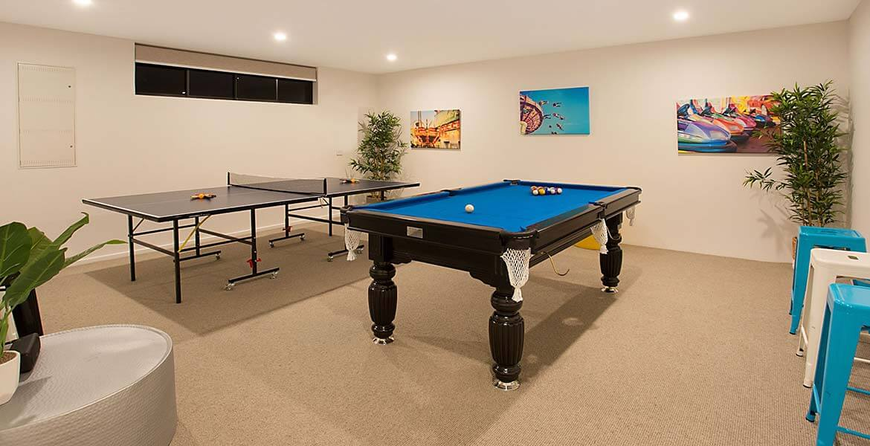 Billard room at Elite Holiday Home