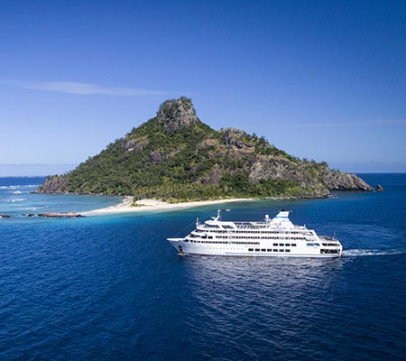 Captain Cook Cruises MS Reef Endeavour