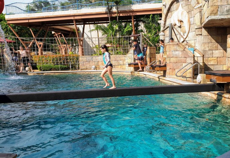 Adventure Cove Singpaore worlds best waterparks
