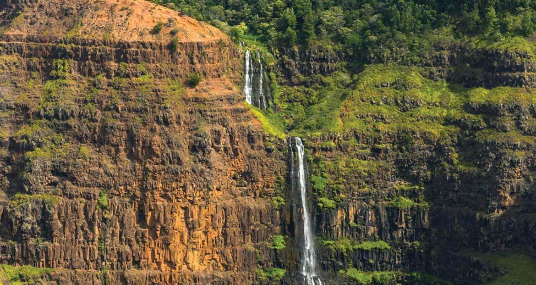 Waimea Valley, Kauai, is home to stunning scenery © Tor Johnson/Hawaii Tourism Authority (HTA)