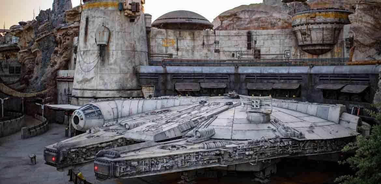 Millenium Falcon, Disneyland