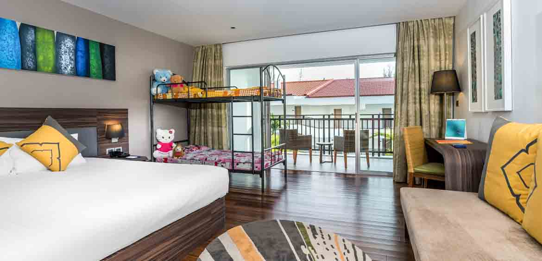 Novotel Phuket Karon Beach Resort and Spa, Novotel, Thailand