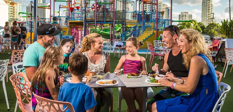Family dining at Paradise Resort Gold Coast