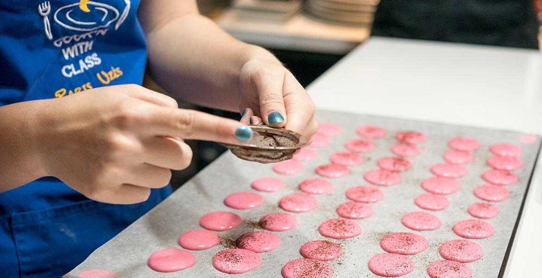 Macaron baking