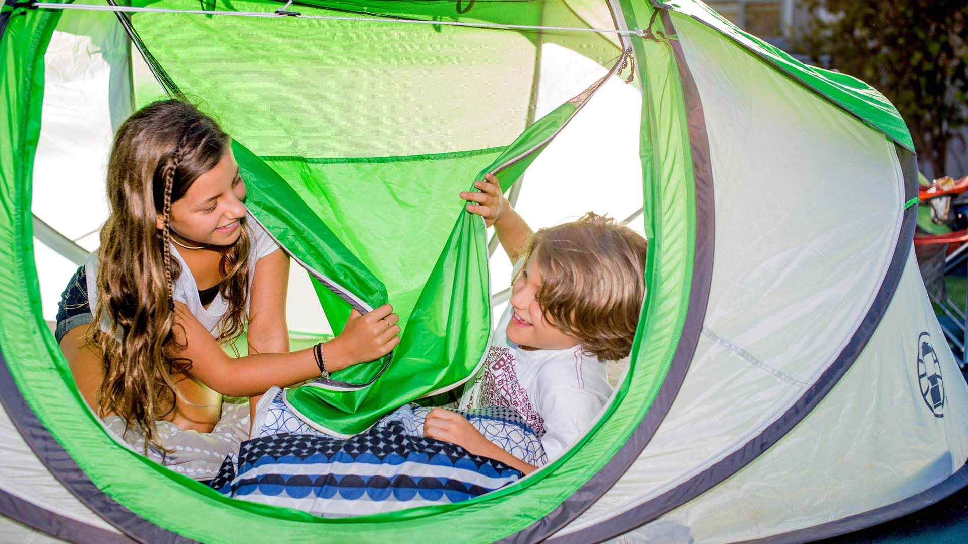 Kids in tent at BIG4 Beacon Resort
