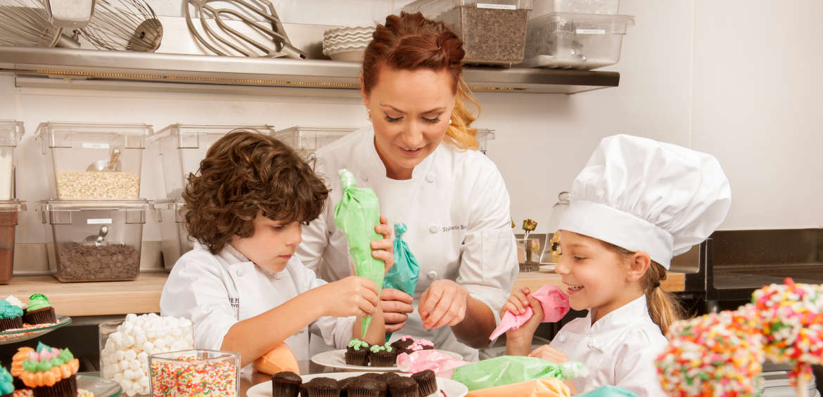 Young pastry chefs at The Peninsula Beverly Hills © AVABLU/Ryan Forbes, via The Peninsula Hotels