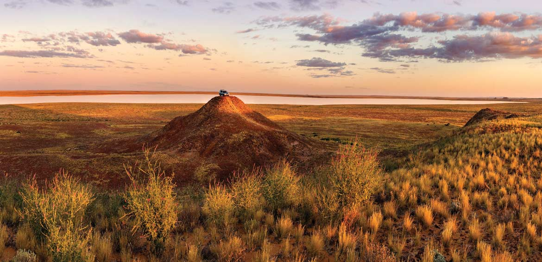 Birdsville Track, Lake Harry, Simpson Desert