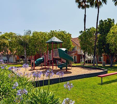 Playground at Clementine Hotel & Suites Anahiem