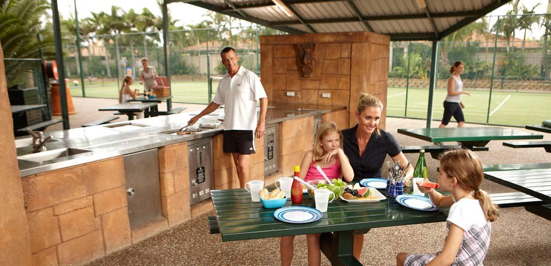 Brisbane Holiday Village BBQ Area