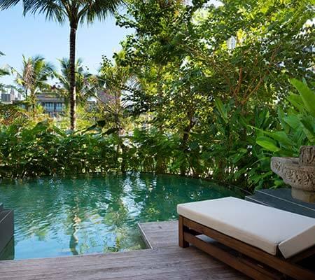 Grand Deluxe Lagoon Pool