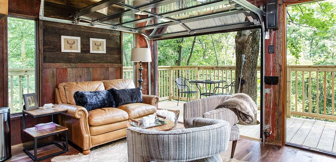 Tin Shed Treehouse interior