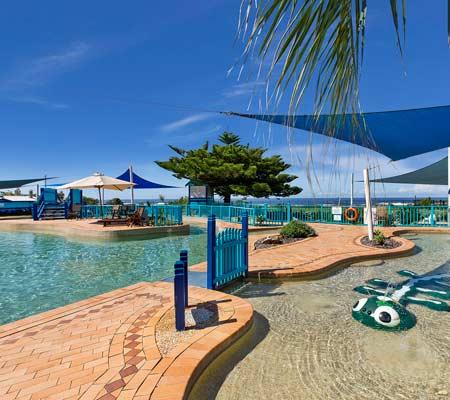 Blue Lagoon Beach Resort, Bateau Bay