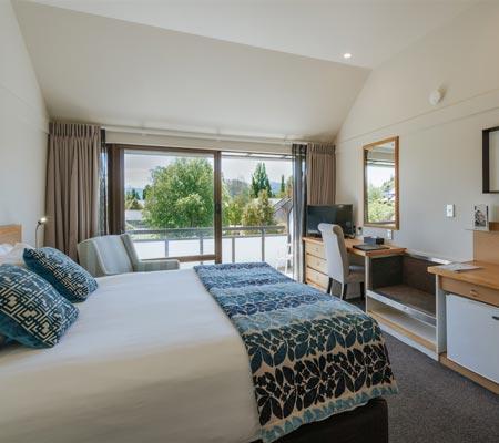 Hotel room at Edgewater Hotel - Lake Wanaka