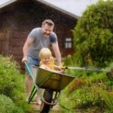 6 reasons to get the whole family gardening