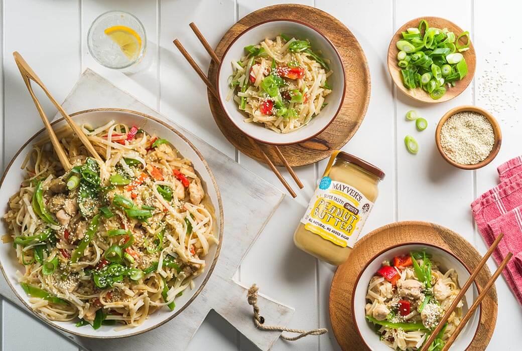 Simple chicken peanut noodles, meal prep