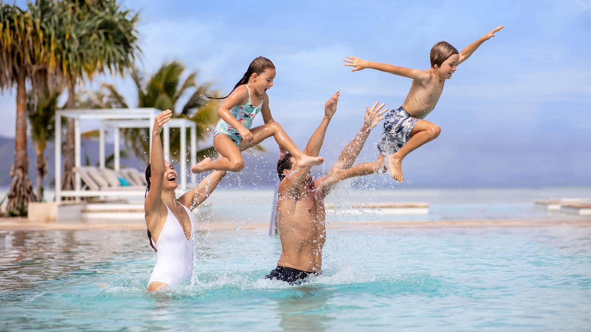 Infinity pool at InterContinental Hayman Island Resort