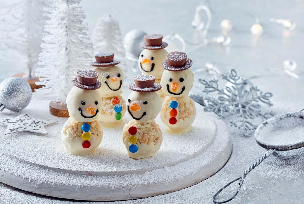 White crackle snowmen