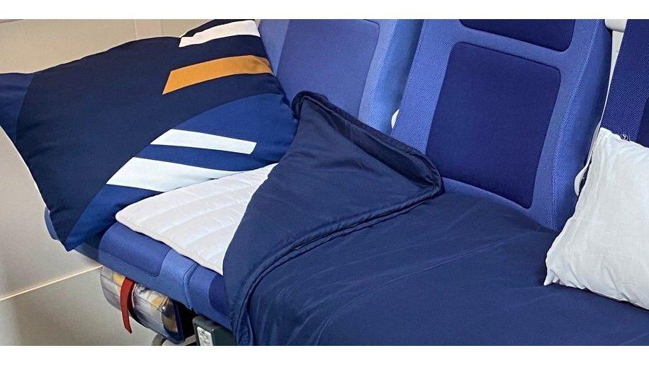 Lufthansa lie flat beds in economy class