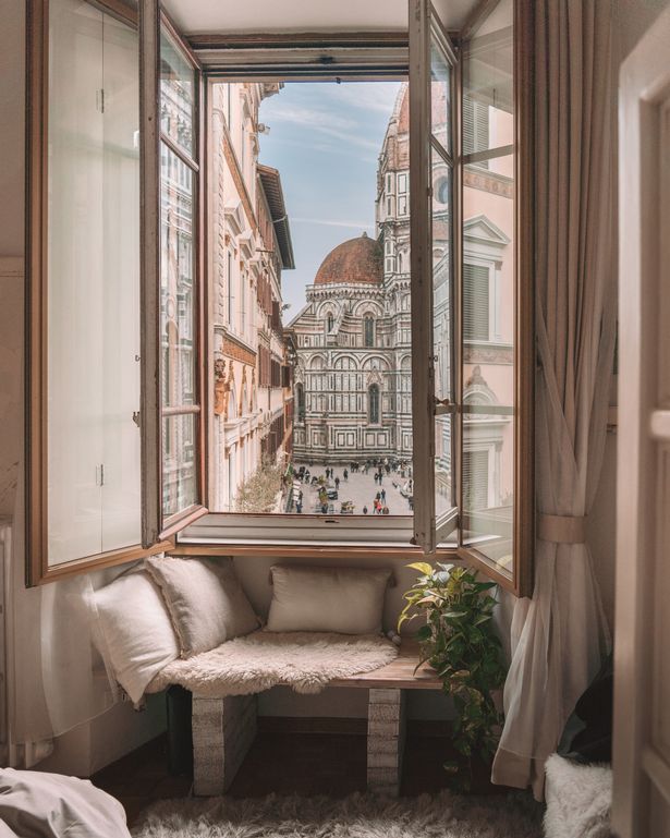 Window to the Duomo, Italy Airbnb home