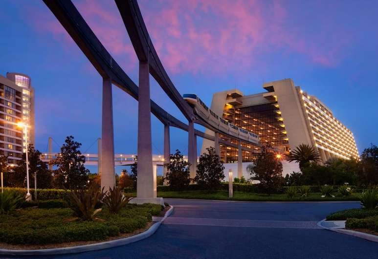 Disney's contemporary resort Walt Disney World hotels